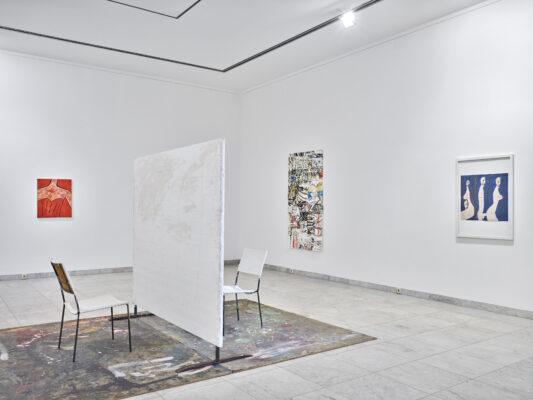 Chris Reinecke, Präsenz zeigen (KÖ-Bogen 2014), 2014-2016; Franz West, Ohne Titel, 1976