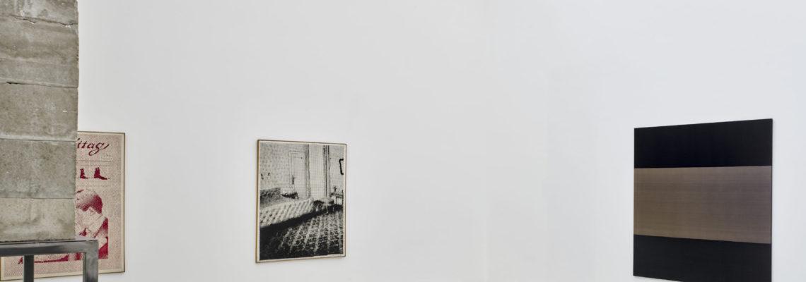 (links) Sigmar Polke, BZ am Mittag, 1965; Sigmar Polke, Schlafzimmer, 1965. Beide erworben 1987 als Dauerleihgabe der Reiners Stiftung; (rechts) Palermo, Ohne Titel, 1970/71. Erworben 1984. Foto: Achim Kukulies